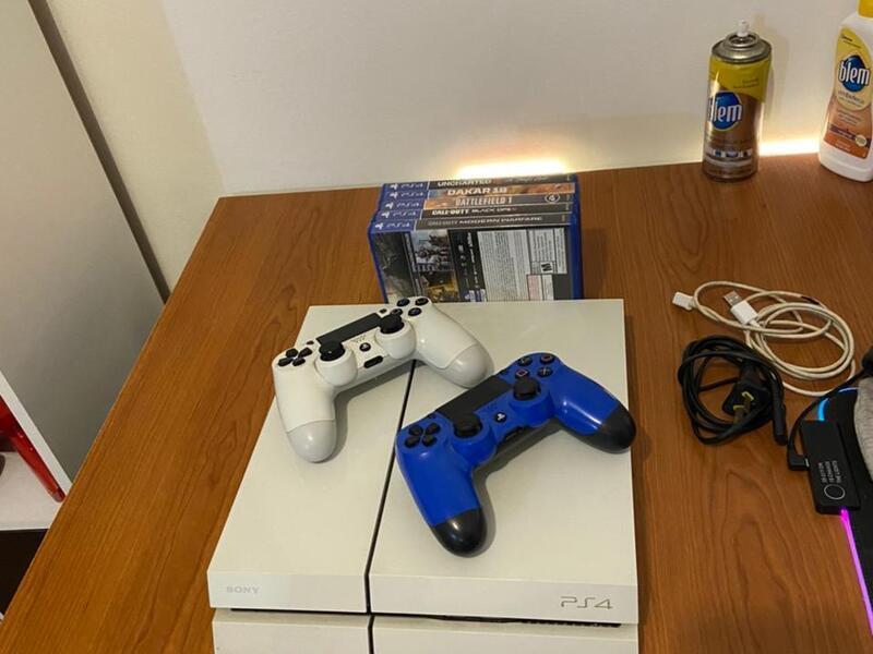 Playstation 4 Blanca 500gb 2 Joysticks 7 Juegos - 5
