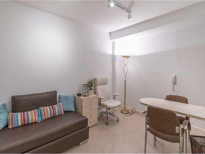 2 Ambientes Apto Profesional C/patio - 2