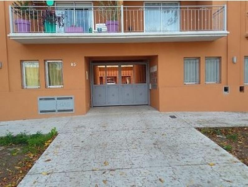 Departamento 2 ambientes y patio, a 5c de Laguna - 1