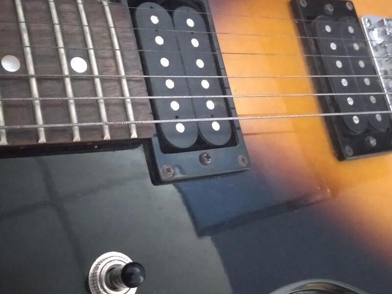 Guitarra electrica /amplificador - 1