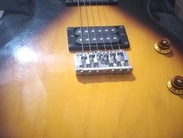 Guitarra electrica /amplificador - Imagen 5