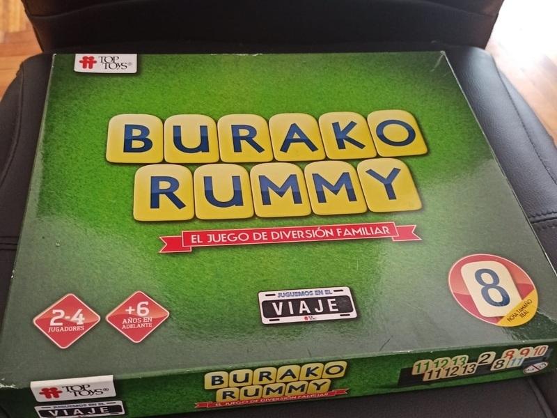 Se venden Juegos de mesa Monopolio y Rummy - 1