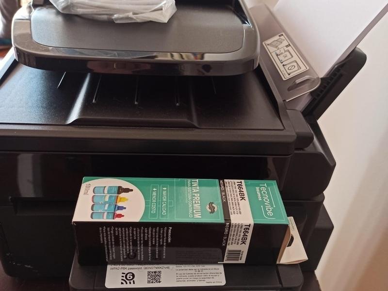 Vendo impresora Epson ECOTANK L555 - 4