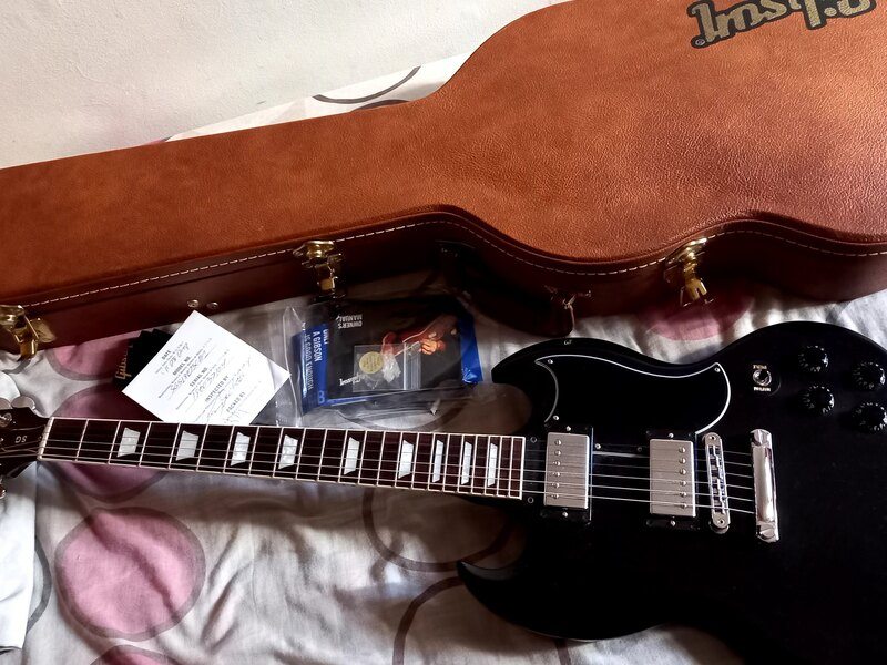 Guitarra Gibson SG Standard Ebony 2018 - 4