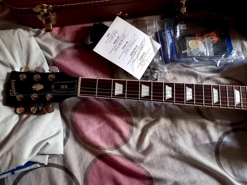 Guitarra Gibson SG Standard Ebony 2018 - 7